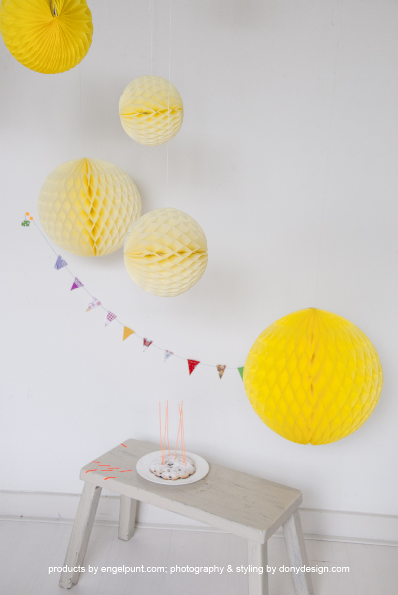 Licht geel honeycomb ball-862